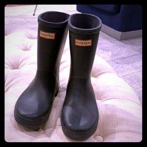 Kids Hunter boots size 12 Navy Blue